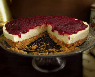 Raspberry cheesecake | Food From Portugal
