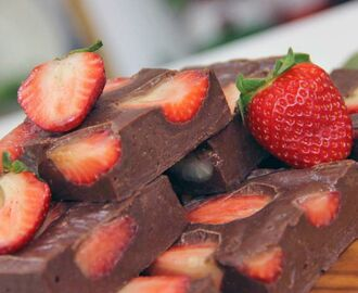 Fudge de Chocolate com Morango