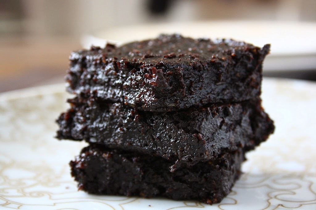 Fudgy Cocoa Avocado Brownies (Butter, Egg & Flour-Free)