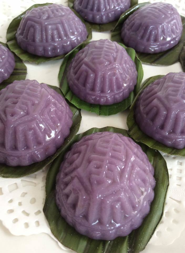 ~~ Purple Potato Ang Ku Kueh  紫署红龟糕 ~~