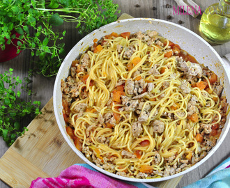One-Pot Spaghetti with  Tomato-Meat Sauce
