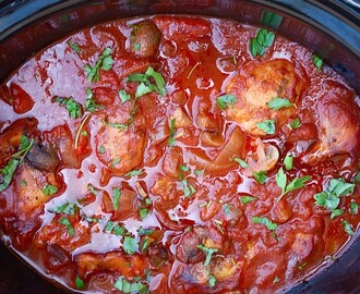Slow Cooker Chicken Cacciatore - The Slow Cooking Housewife