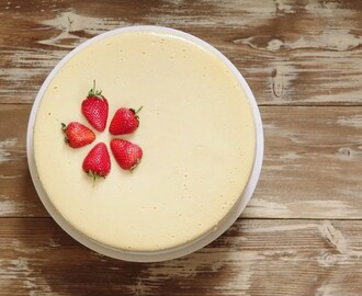 Tasty white chocolate strawberry cheesecake