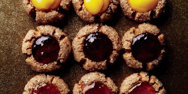 These No-Wait and No-Bake Cookies Will Make You a Holiday Hero