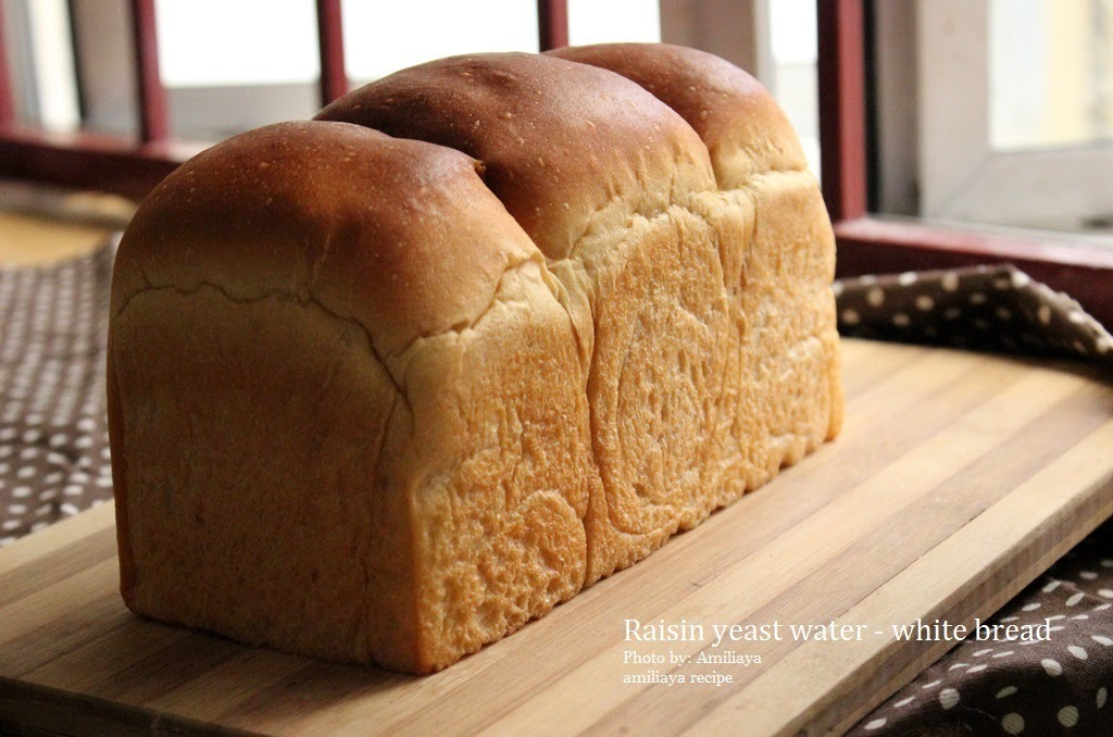 Raisin yeast water - white bread 葡萄干天然酵母液 - 白面包