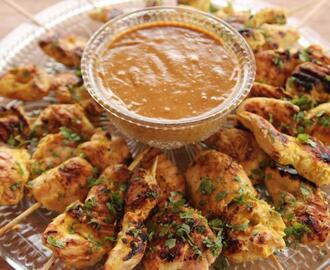 Chicken Satay with Peanut Sauce Recipe | Ree Drummond | Food Network