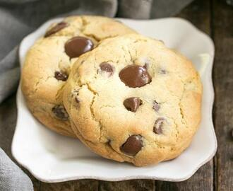 Levain Bakery Chocolate Chip Cookies #SundaySupper