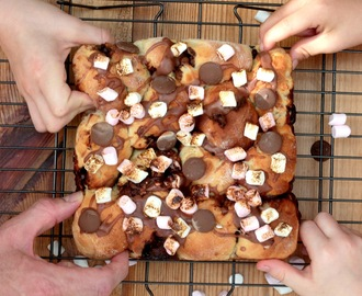 S'mores Tear 'n' Share Bread