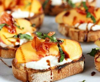 Honey Ricotta Peach Crostini with Crispy Pancetta | Recipe | Easy Savory Recipes | Appetizers, Appetizers for party, Food