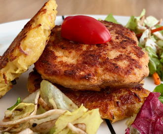 Salmon burger with crispy potato pancakes