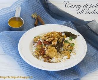 Curry di pollo all'indiana senza glutine con riso pilaf alla cannella