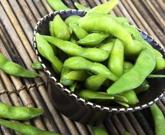 How to Cook and Use Edamame, with 6 Tasty Recipes