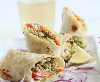 Egg Kathi rolls | Mix Veggie Egg Wrap