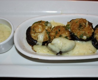 Crab Stuffed Mushrooms with Lemon Butter Sauce