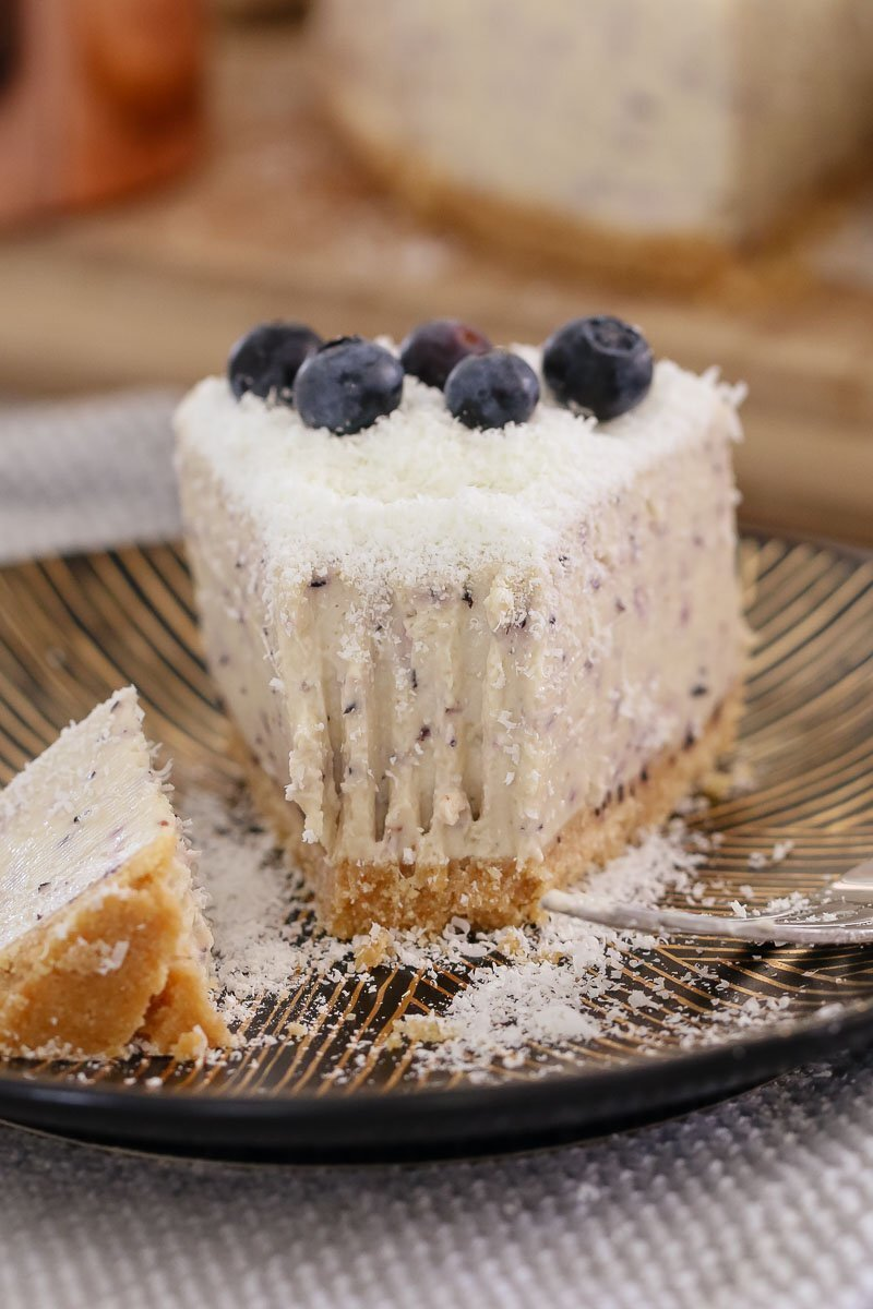 White Chocolate & Blueberry Cheesecake (No-Bake)