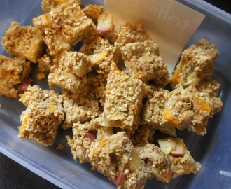 Apple and mango flapjacks