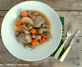 Filet mignon de porc aux navets, carottes et champignons (Pork tenderloin with turnips, carrots and mushrooms)