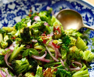 Charred Broccoli with Mint and Pink Pickled Onions