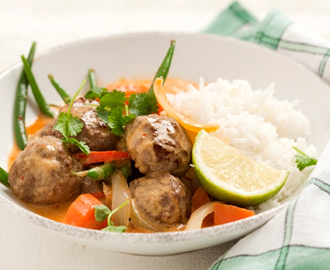 Thai red curry köttbullar med kokosmjölk