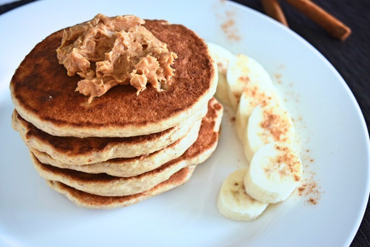 Protein pancakes with bananas