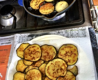Melanzane fritte (fried eggplants)