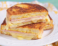 Croque monsieur doble queso