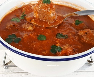 Mozzarella Stuffed Meatball Soup