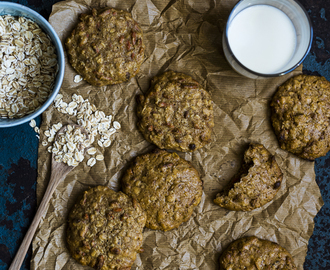 Soft Olive Oil Oatmeal Cookies