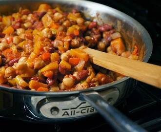 This healthy and delicious one-pot bean stew might boost your longevity