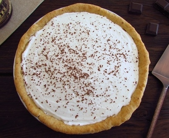 Tarte de chocolate e chantilly | Food From Portugal