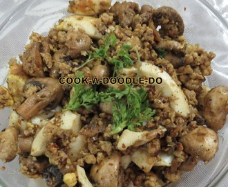 Quickfix medley-chicken (keema/mince), mushroom, boiled eggs