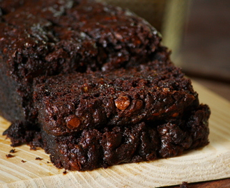 Moist chocolate zucchini bread - Chipa by the dozen