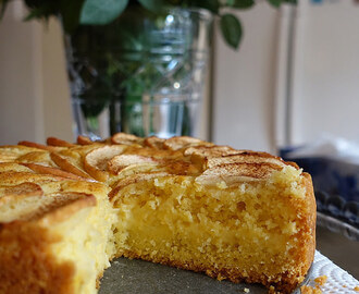 Apple custard tea cake