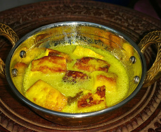 Kashmiri Paneer - A healthy cottage cheese curry