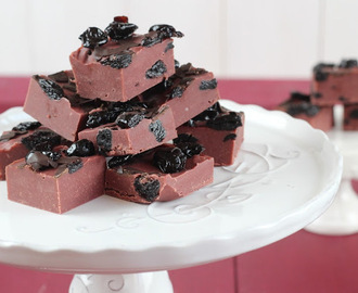 Cherry Chocolate Fudge [mit EAT A RAINBOW]
