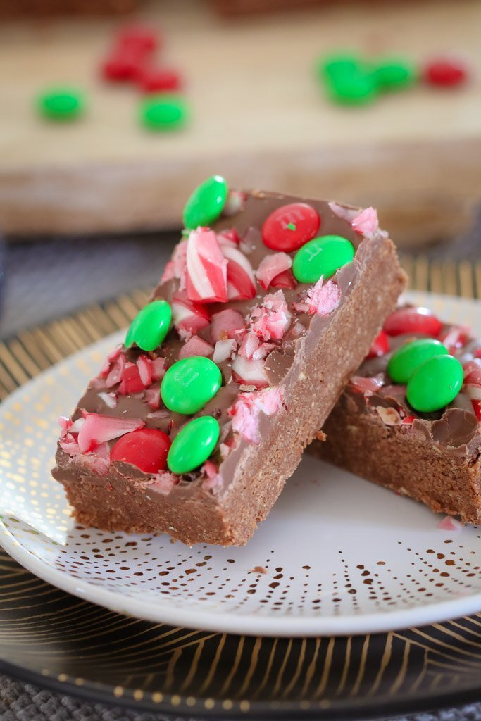 Peppermint Chocolate Christmas Slice | No Bake