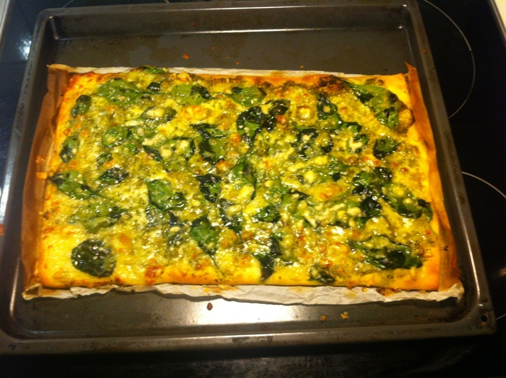 Pizza med pesto