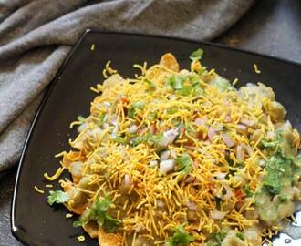 Corn Flakes Masala Puri | Delicious Chaat