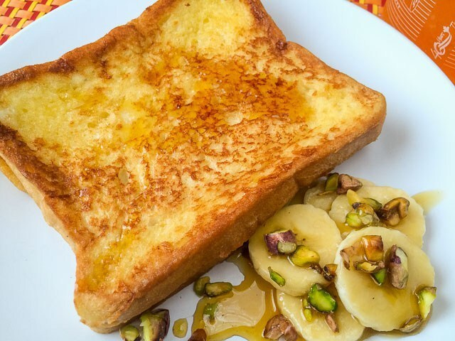 Soft and crispy Easy French toast