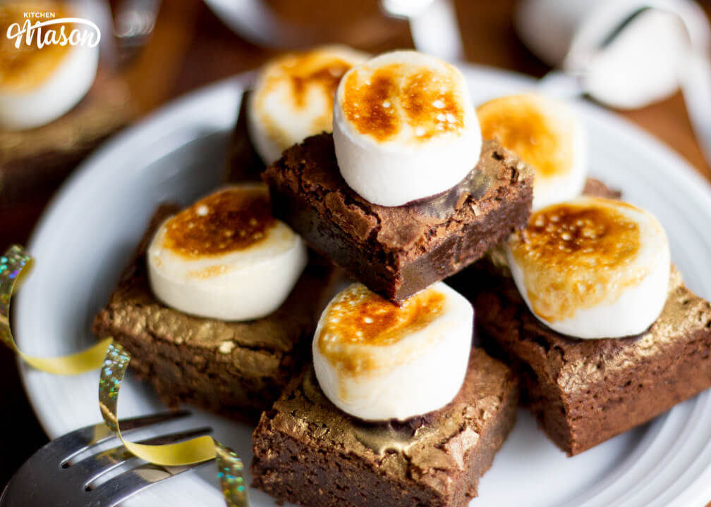 Easy Toasted Marshmallow Brownie Bites Recipe