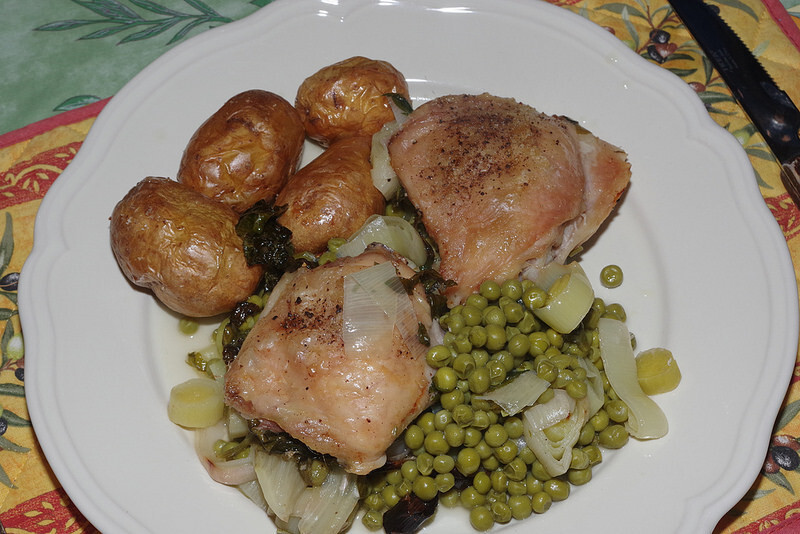Chicken roasted with peas