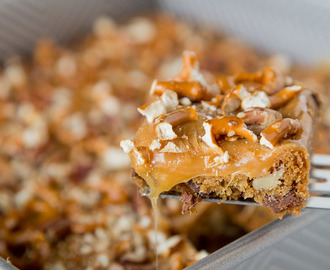 Butter Pecan Pretzel Bars