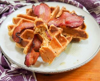 Bacon pumpkin waffles #Pumpkinweek