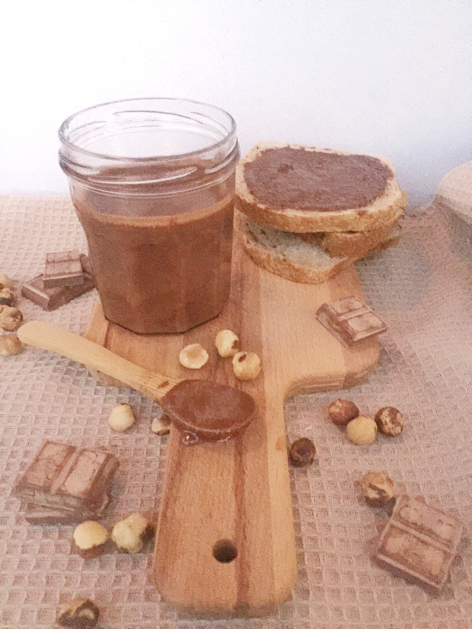 Crema di nocciole: 5 ingredienti in 5 minuti