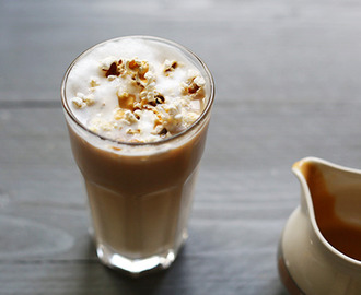 Popcorn caramel coffee