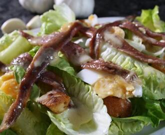 Lettuce, anchovy and egg salad with a creamy vinaigrette
