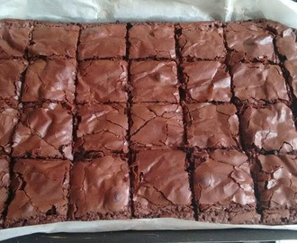 BROWNIE DE NESCAU