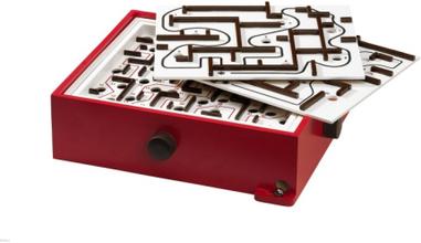 BRIO 34020 Labyrint med övningsplattor (Röd)