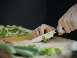 Fiskars Royal grøntsagskniv 12cm