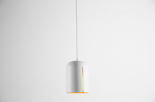 Gap pendant, short white